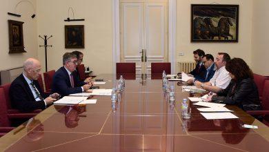 Photo of El Ministerio de Educación, Cultura y Deporte presenta a los agentes sociales las bases de la mejora de la FP Dual