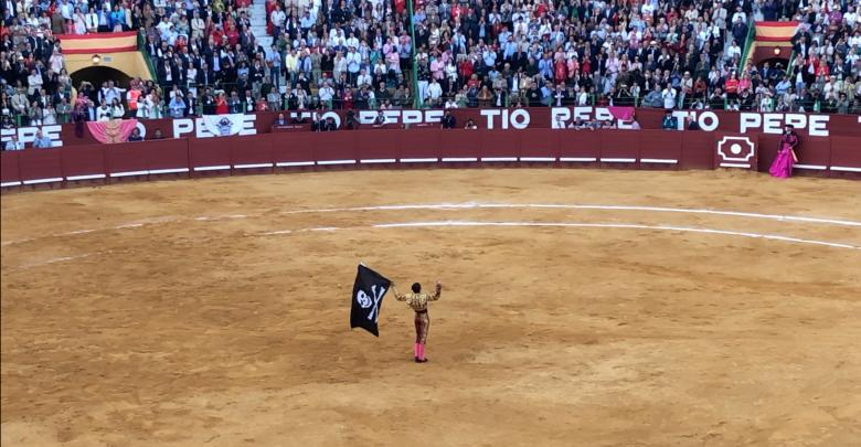 Photo of Despiden a Padilla en Jerez cantando «que viva España»