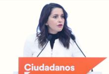 Photo of Inés Arrimadas intentará frenar el pacto de Pedro Sánchez con ERC hasta el final.